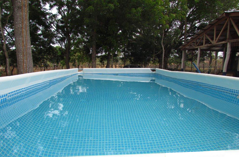 Mantenimiento de piscinas de lona o intex en costa rica for Piscina de jardin en costa rica