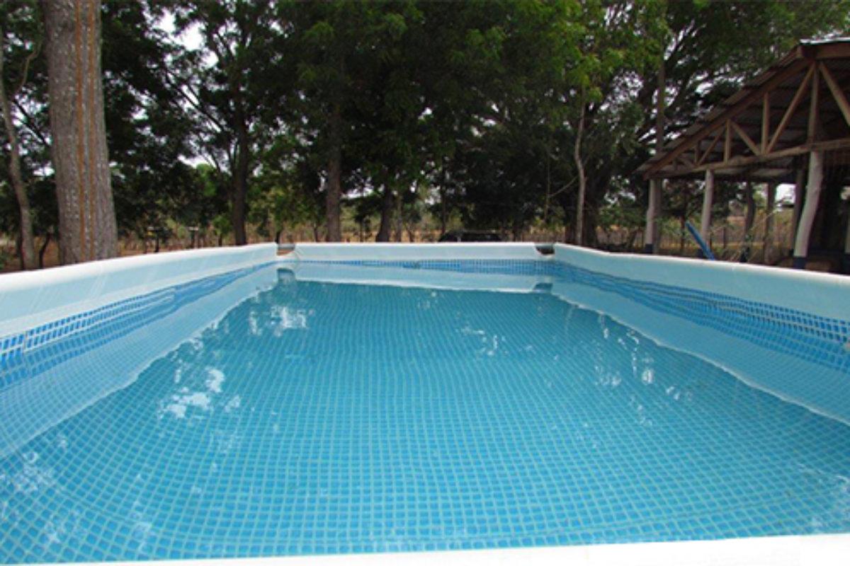 Mantenimiento de piscinas de lona o intex en costa rica for Intex piscinas accesorios